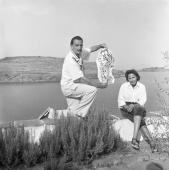 Jacques Léonard. Salvador Dalí y Gala. Port Lligat, 1957 © Jacques Leónard